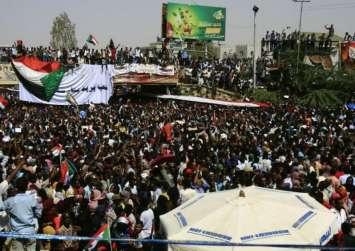 اتفاق بين المجلس العسكري وقوي الحرية والتغيير بشأن الحكم الانتقالي بالسودان