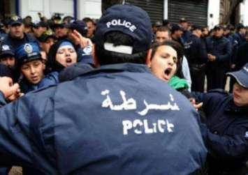 مسيرات شعبية بالجزائر احتجاجا علي ترشح بوتفليقة